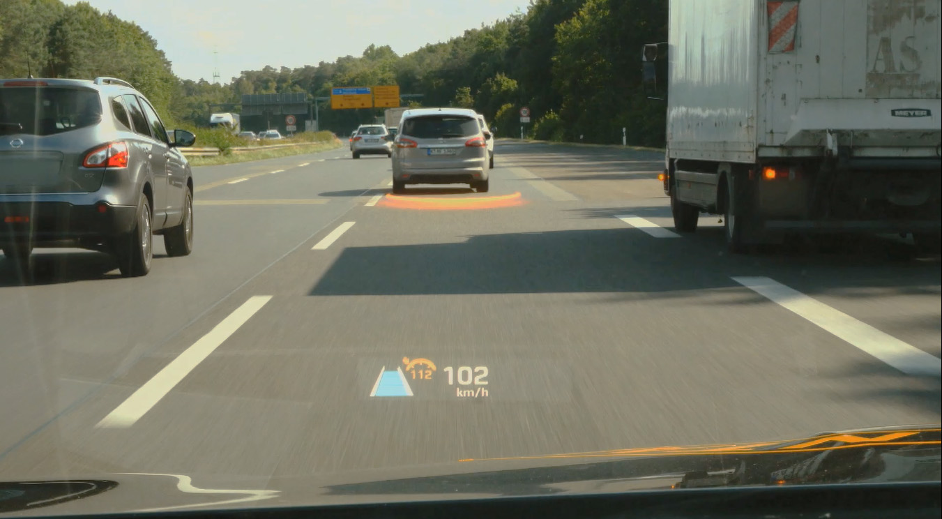 Kopf hoch: Augmented Reality Head up Display im Auto