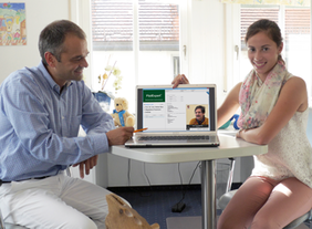 PädExpert stellt den Kontakt zwischen Fachärzten her. (C) paedexpert.de
