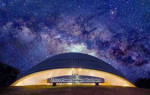 Im Zeiss Planetarium Bochum erleben die Besucher ungeahnt räumlich-realistische Klangqualität. (C) Fraunhofer IDMT