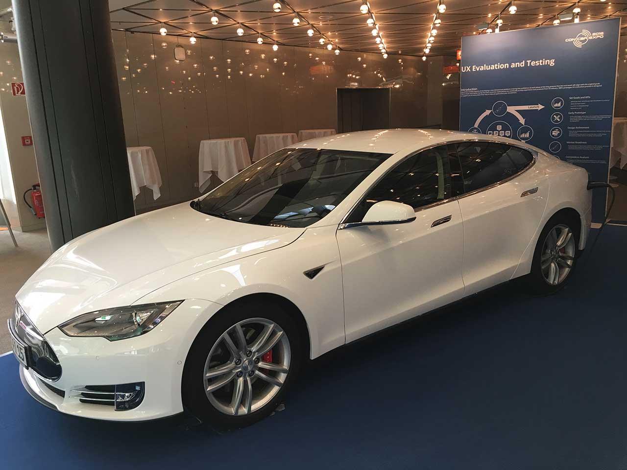 Die Dichte an Exemplaren des kalifornischen Elektroflitzers Tesla Model S dürfte an kaum einem Ort höher sein.