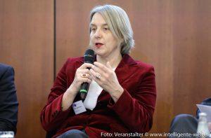 Prof. Dr. Ingrid Schneider, Veranstaltung Datenökonomie DIHK / Foto: Jens Schicke