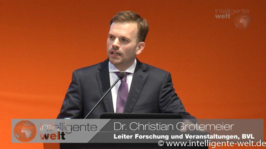 Dr. Christian Grotemeier präsentiert die BVL-Studie auf der transport logistic 2017