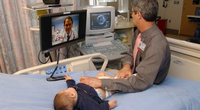 Telemedizin für Kinder: Zwei Ärzte sind schlauer als einer