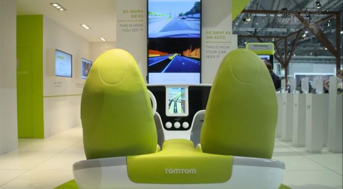 Forscher und Entwickler arbeiten am Auto-Cockpit der Zukunft