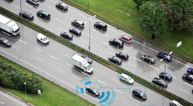 """Die Initiative """"Deutschland – Land der Ideen"""" und das Bundesministerium für Verkehr und digitale Infrastruktur suchen die besten digitalen Innovationen für intelligente Mobilität und vergeben dafür den Mobilitätspreis 2016."""