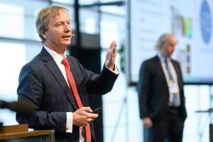 Prof. Gerhard Fettweis vom 5G Lab der TU Dresden mahnt an, dass der aktuelle 5G-Standard zu wenig Wert auf Datenschutz lege.