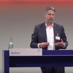 Frank Bolten, Geschäftsführer der CHAINSTEP GmbH stellte die Initiative COBILITY auf dem DLK 2018 vor.