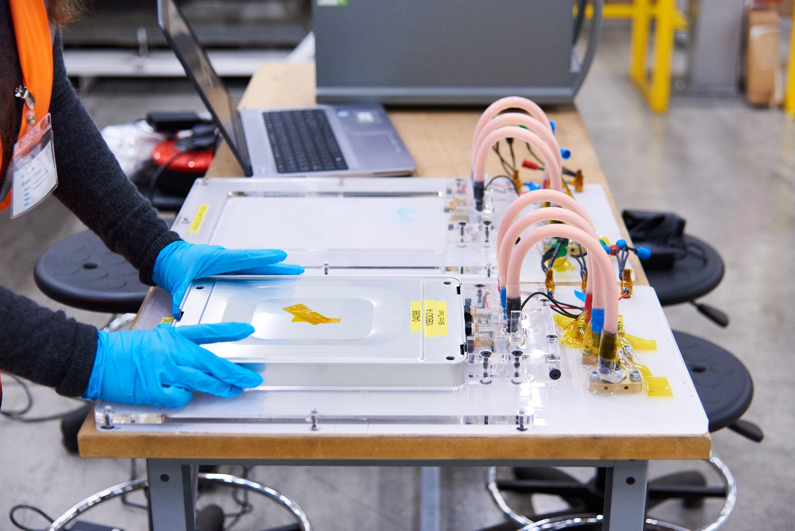 An der University of Warwick wurde ein Verfahren entwickelt, mit dem innerhalb von Minuten eine ausgediente Auto-Batterie klassifiziert werden kann.